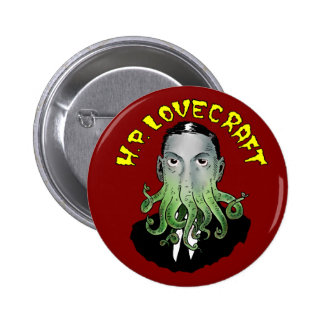 H.P. Lovecraft Button Pin Redondo De 2 Pulgadas