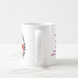 Habas a la taza 2014 de café de las gotas