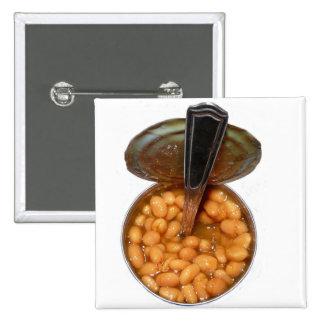 Habas cocidas en lata con la cuchara pin cuadrada 5 cm