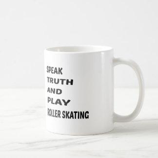 Hable el patinaje de rodillo de la verdad y del taza