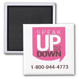 Hable encima de cuando usted está abajo de imán