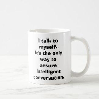 Hablo conmigo mismo taza clásica