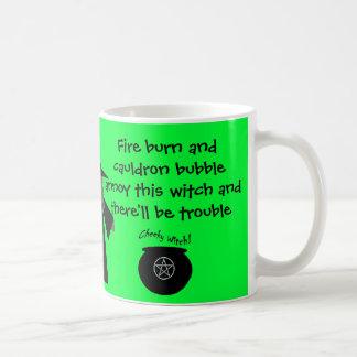 ¡Habrá problema! La taza fresca de la bruja