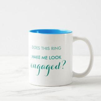 Hace este anillo hacen que mira la taza dedicada