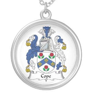 Hace frente el escudo de la familia joyerias