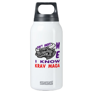 Hace no enojado, yo conoce Krav Maga.