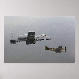 Hacha de guerra P-40 y A-10 Warthog Posters