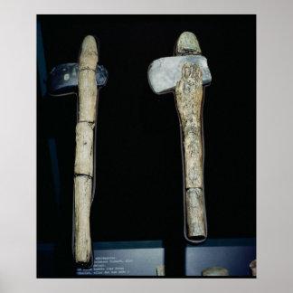 Hachas de piedra, prehistóricas póster
