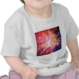 Hacia fuera allí, floral cósmico de la galaxia camisetas