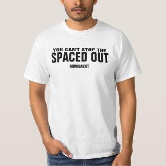 Hacia fuera espaciado movimiento camisas