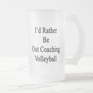 Hacia fuera estaría entrenando bastante voleibol taza cristal mate