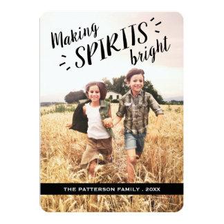 """Haciendo bebidas espirituosas la tarjeta brillante invitación 5"""" x 7"""""""