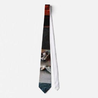 Hacksaw Tie