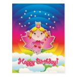 Hada airosa para arriba en la postal del cumpleaño