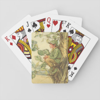 Hada coa alas del olmo que se sienta en un árbol cartas de póquer