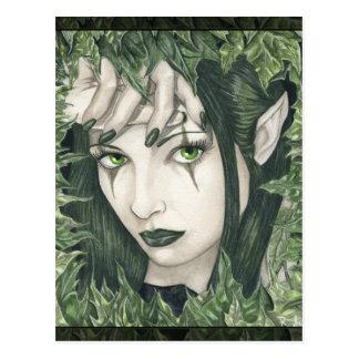 Hada de la postal oscura del bosque