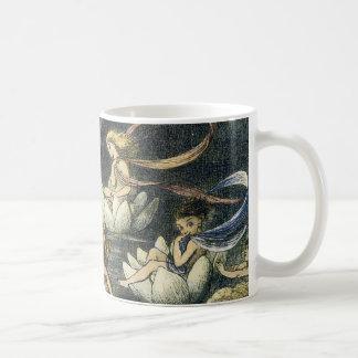 Hada e impresión de Waterlily de Richard Doyle Taza Clásica