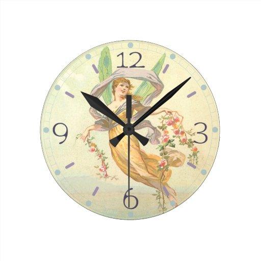 Hada flotante reloj