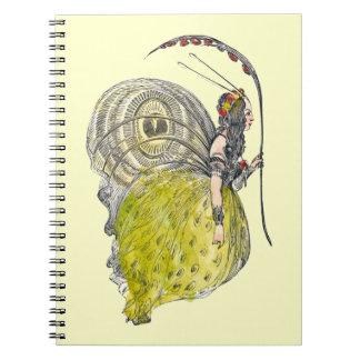 Hada linda de la mariposa de la fantasía del libros de apuntes