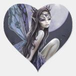 Hada oscura del cráneo pegatina en forma de corazón