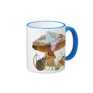 Hada y ratón de la seta taza