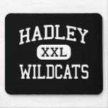 Hadley - gatos monteses - joven - Glen Ellyn Illin Alfombrillas De Ratones