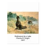 Hadrosaurs por un lago tarjetas postales