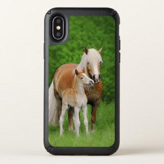 Haflinger Horse Cute Baby Foal Kiss Mum Pony Photo Speck iPhone X Case