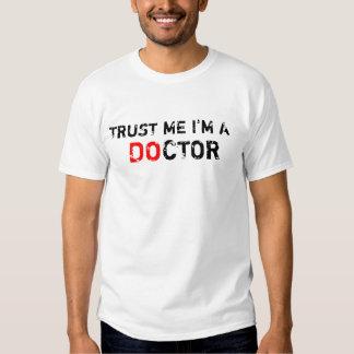 HAGA al estudiante de medicina Playeras