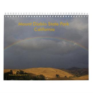 Haga calendarios las fotos por el © 2010, soporte