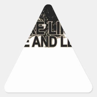 Haga como un árbol T-Shirt.png oscuro Pegatina Triangular