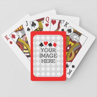 Haga fácilmente sus los propios en un paso con el barajas de cartas