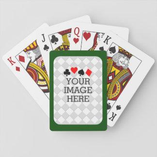 Haga fácilmente sus los propios en un paso en baraja de cartas