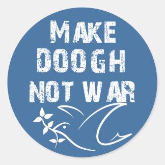 Haga la guerra de Doogh no Pegatina Redonda