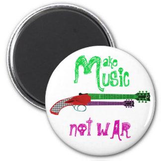 Haga la guerra de la música no - guitarra de la es imán redondo 5 cm