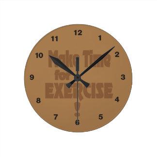 Haga la hora para el ejercicio reloj redondo mediano