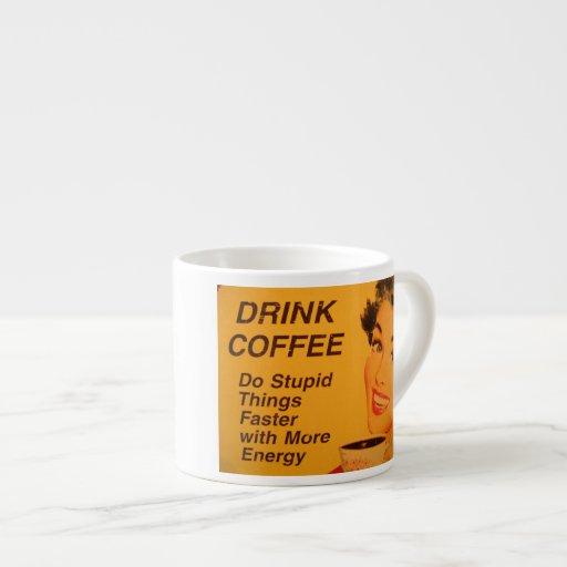 Haga las cosas estúpidas más rápidamente con más e taza espresso