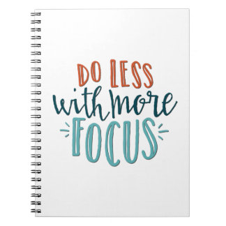 Haga menos con más cuaderno del foco