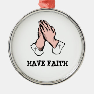 Haga que la cruz de la fe ruegue el ornamento del adorno navideño redondo de metal