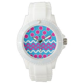 Haga que su propio reloj de encargo diseña