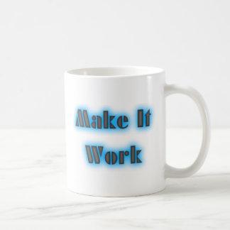Haga que trabaja la taza azul