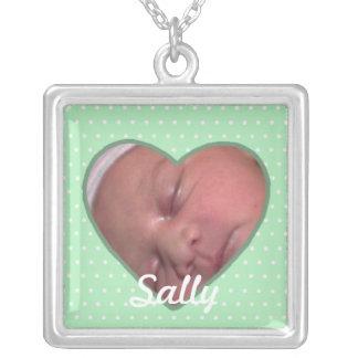 Haga su propio collar de la foto del bebé