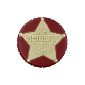 Haga un ayudante del sheriff la insignia conocida latas de dulces
