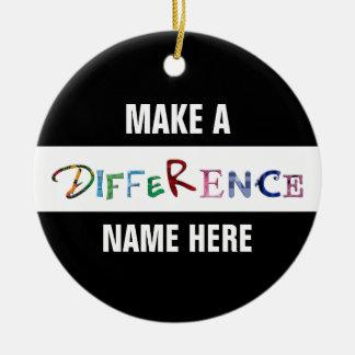 Haga una diferencia la cita de motivación adorno navideño redondo de cerámica