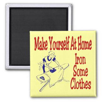 Hágase que en casa plancha un poco de ropa imán para frigorífico