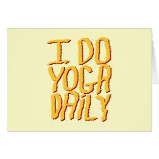 Hago el diario de la yoga. Amarillo Tarjeta De Felicitación