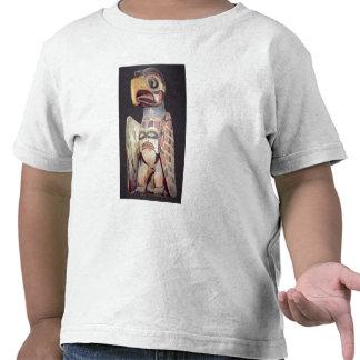 Haida 'Thunderbird' statue (painted wood) T Shirt