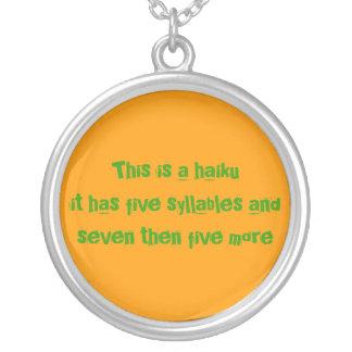 haikumulet round pendant necklace