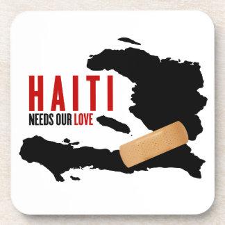 Haití necesita nuestro amor posavasos de bebida