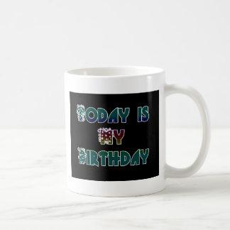 Hakuna Matata Gift Today is my Birthday.png Mugs